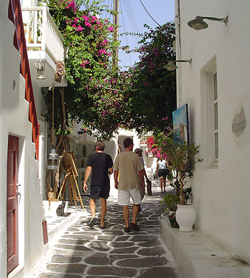Dan Drees, Barry Edwards - Shopping in Santorini 2006